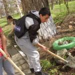 Започнахме новата уч.година с почистване на декоративния кът